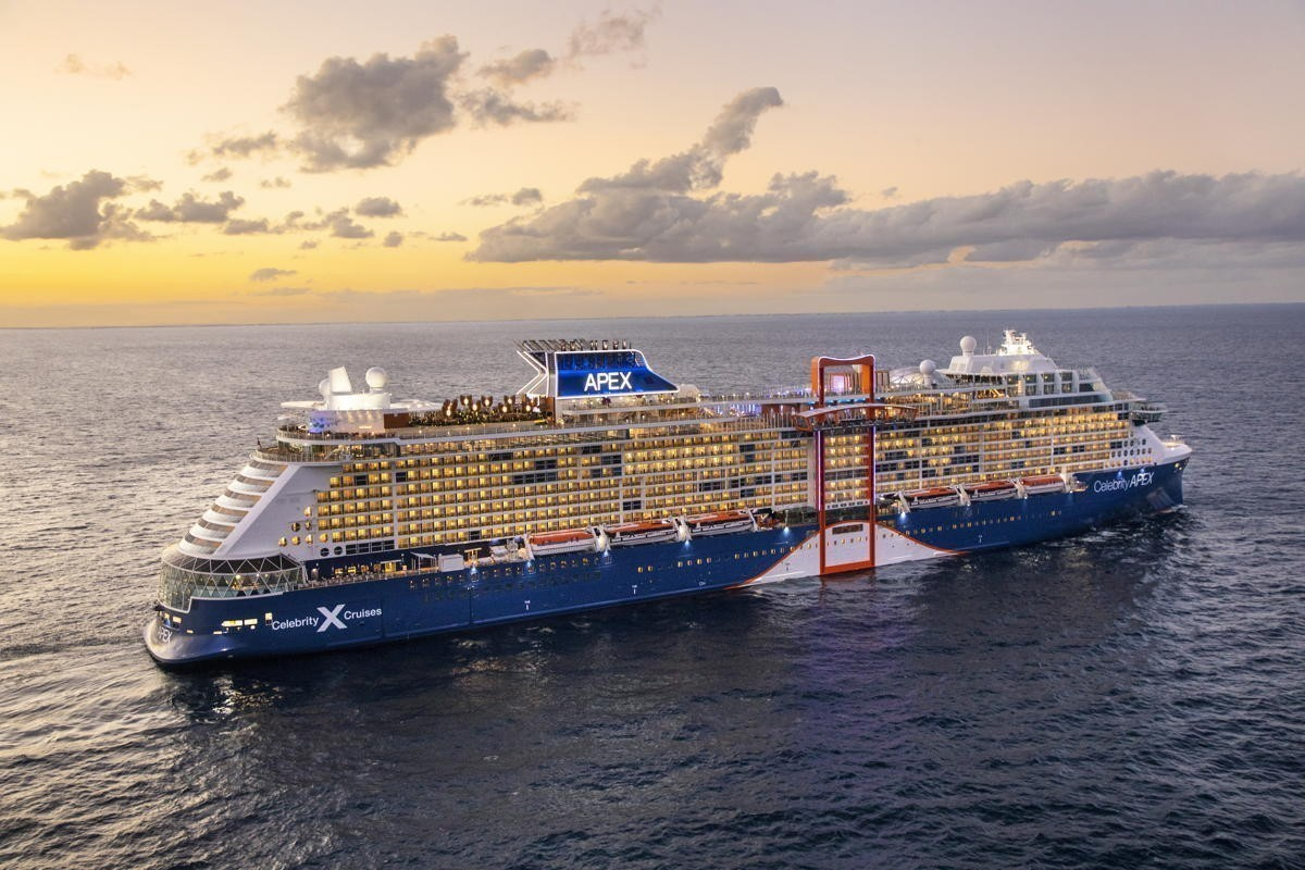 """""""Great progress"""": Royal Caribbean Group says yes to mixed Pfizer/Moderna vaccines for U.S sailings"""